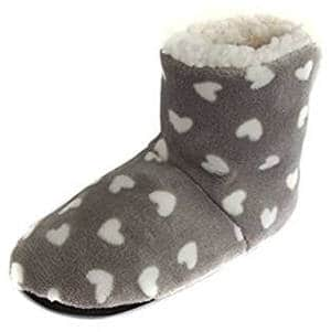 Leisureland Heart Design Bootie Slippers