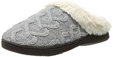 ISOTONER Women's Cable Knit Bridget Clog Slipper