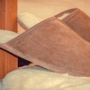 How To Clean And Deodorize Smelly Sheepskin Slippers