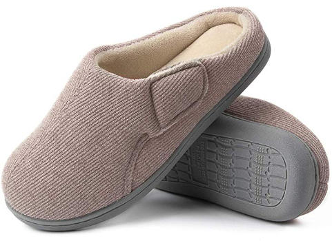 Cheap slippers for wide feet