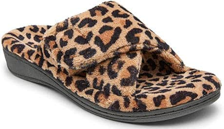 Supportive summer slippers for plantar fasciitis